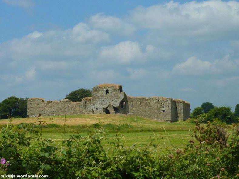 Ballymoon castle (1)