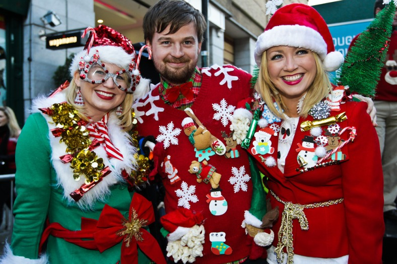 no_fee_christmas_jumper_world_record_mx-3-scaled1000