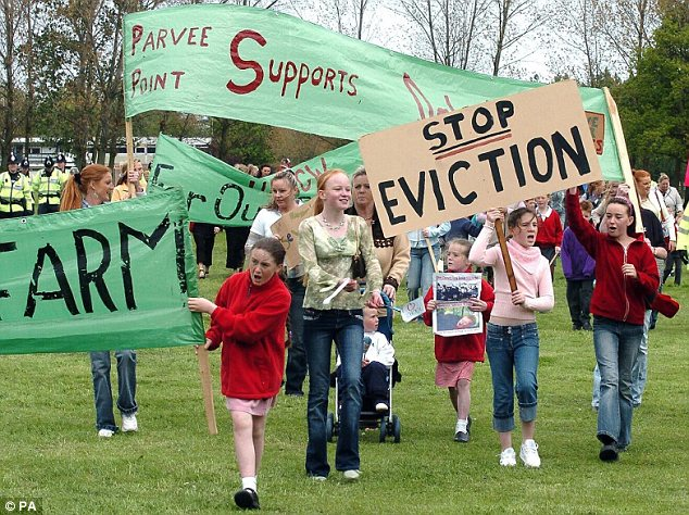 sls_201505201456-uk_urged_to_find_negotiated_settlement_to_eviction_stand-off_with_86_irish_traveller_families_un_experts