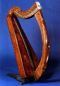 brian-boru-harp