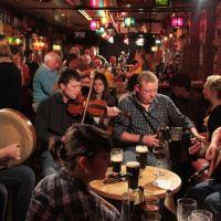 Pubowe spotkania przy kominku w prowicji Munster